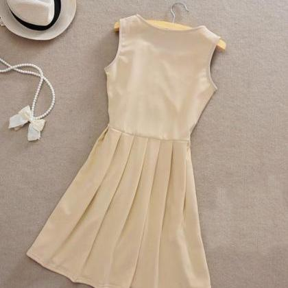 RETRO LADY SLIM DRESS