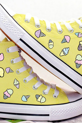 Round Toe Ice Cream Print Lace-Up Canvas High Top Sneakers
