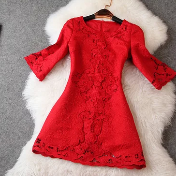 Pure color embroidery hollow out round collar horn sleeve dress