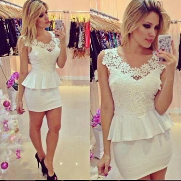 White Collar Flower Decoration Sleeveless Package Hip Dress